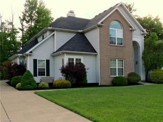 420 Crestwood Drive, Avon Lake OH