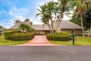 1 Surrey Road, Palm Beach Gardens FL