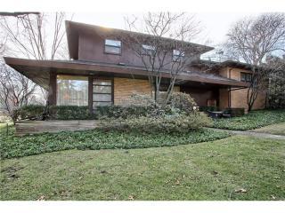 8675 Nadine Avenue, Huntington Woods MI
