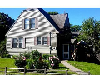 38 Lee Road, Lincoln ME
