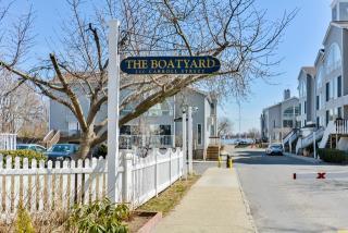 1 Windward Lane 2, Bronx NY