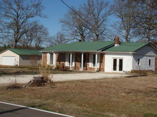 275 Puryear Country Club Road, Puryear TN