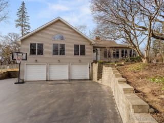 1N710 Indian Knoll Road, West Chicago IL