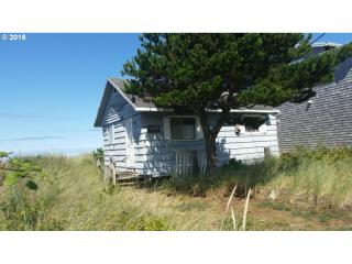 921 North Pacific Street, Rockaway Beach OR