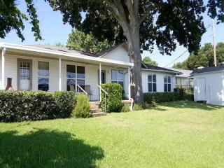 10941 Jeanell Drive, Kemp TX