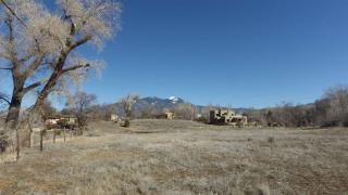 De Teves Lane, Taos NM
