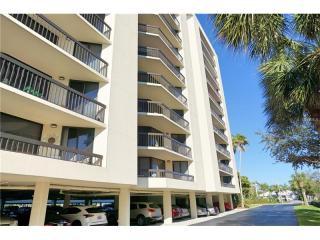 690 Island Way #311, Clearwater Beach FL