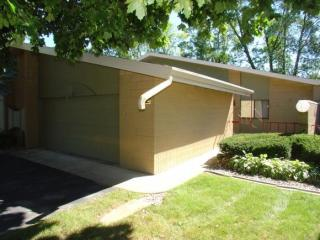 1240 West Nicolet Circle, Appleton WI
