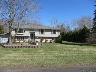 15 Sheffield Road, North Haven CT