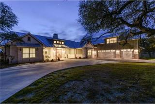 200 Medlin Creek Loop, Dripping Springs TX