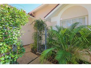 3734 Lyndhurst Court, Sarasota FL