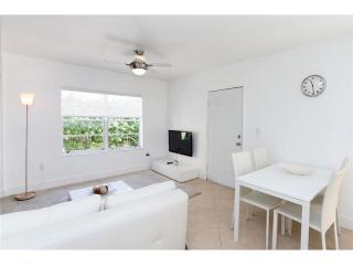 1337 Euclid Avenue #104, Miami Beach FL