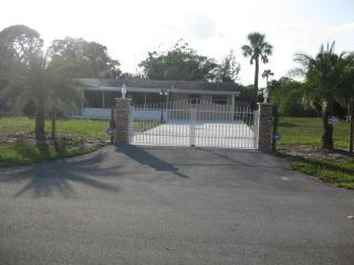 4764 Square Lake Drive, Palm Beach Gardens FL