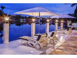 2424 Northeast 22nd Terrace, Fort Lauderdale FL