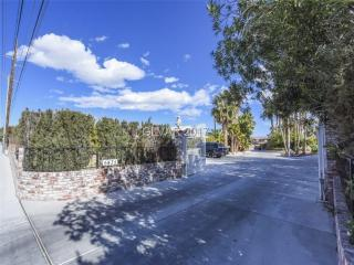 5435 North Rainbow Boulevard, Las Vegas NV