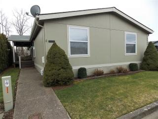 2044 Southwest Phyllis Drive #121, McMinnville OR