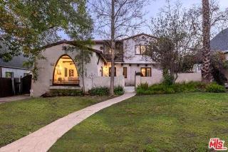 1121 La Zanja Drive, Glendale CA