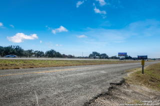 3109 Interstate 35 North, Natalia TX