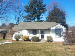 16 Franklin Avenue, Plainville CT