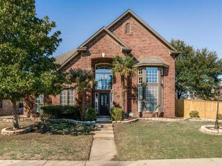 2541 Lands End Drive, Carrollton TX