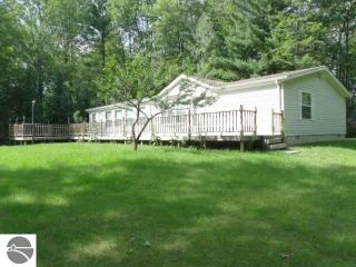 2063 West North Shore Drive, Prescott MI