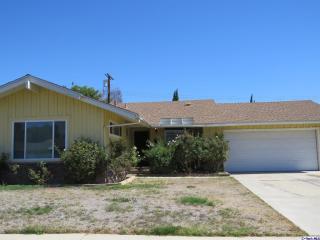 9632 Quakertown Avenue, Chatsworth CA