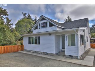 570 6th Avenue, Coos Bay OR