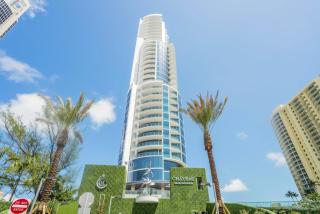 17475 Collins Avenue #301, Sunny Isles Beach FL