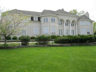 1 Falcon Lakes Drive, South Barrington IL