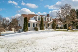 33 Granby Farms Road, Granby CT