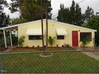 5805 Pinewood Avenue, West Palm Beach FL