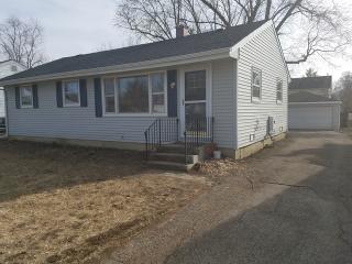 1387 Cottonwood Lane, Crystal Lake IL