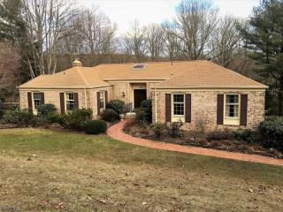 35 East Fox Chase Road, Chester NJ