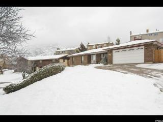 6967 South Sunrise Hills Circle, Cottonwood Heights UT