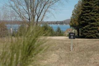 907 Lake View Drive, Boyne City MI