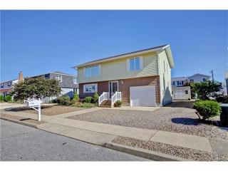 15 West Old Whaling Lane, Long Beach Township NJ