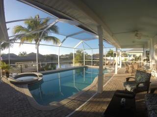 4006 Southwest 25th Place, Cape Coral FL
