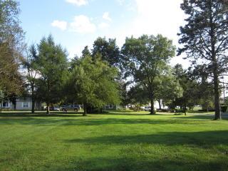 Slater Avenue, Hinckley IL