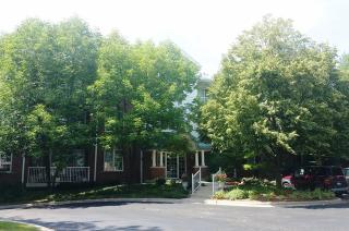 541 North Hough Street #103, Barrington IL