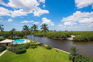 17 Bluebill Avenue #305, Naples FL