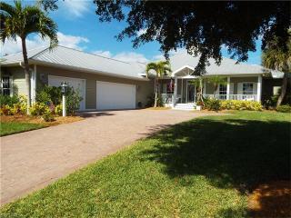 15663 Caloosa Creek Circle, Fort Myers FL
