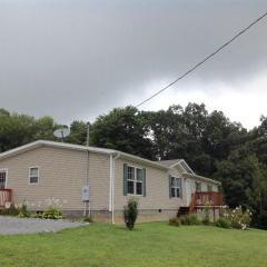 340 Pettrey Hill Road, Bluefield WV