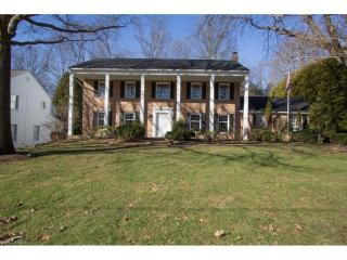 3322 Stanley Road, Fairlawn OH