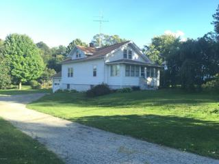 431 South Church Street, Coloma MI
