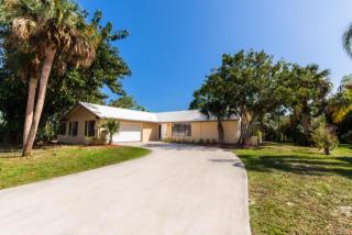 10393 Southeast Coconut Lane, Hobe Sound FL