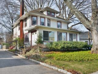 504 Ackerman Avenue, Glen Rock NJ