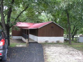 1212 County Road 315, Rainbow, TX