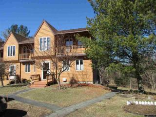 13 Glenwood Townhouse Road, Round Top NY