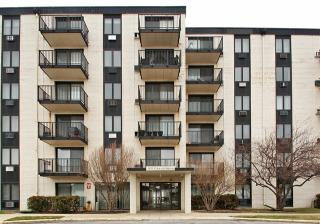 9128 West Terrace Drive #1A, Niles IL