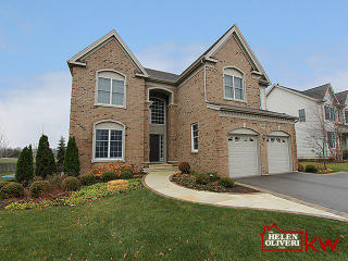 98 Open Parkway South, Hawthorn Woods IL
